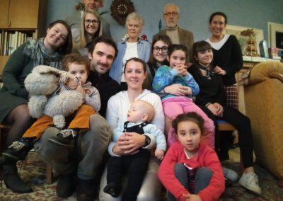 ANGELO ET LA FAMILLE        «Angelo a renoué mon lien avec la famille, il m'a redonné le sens de la famille.»